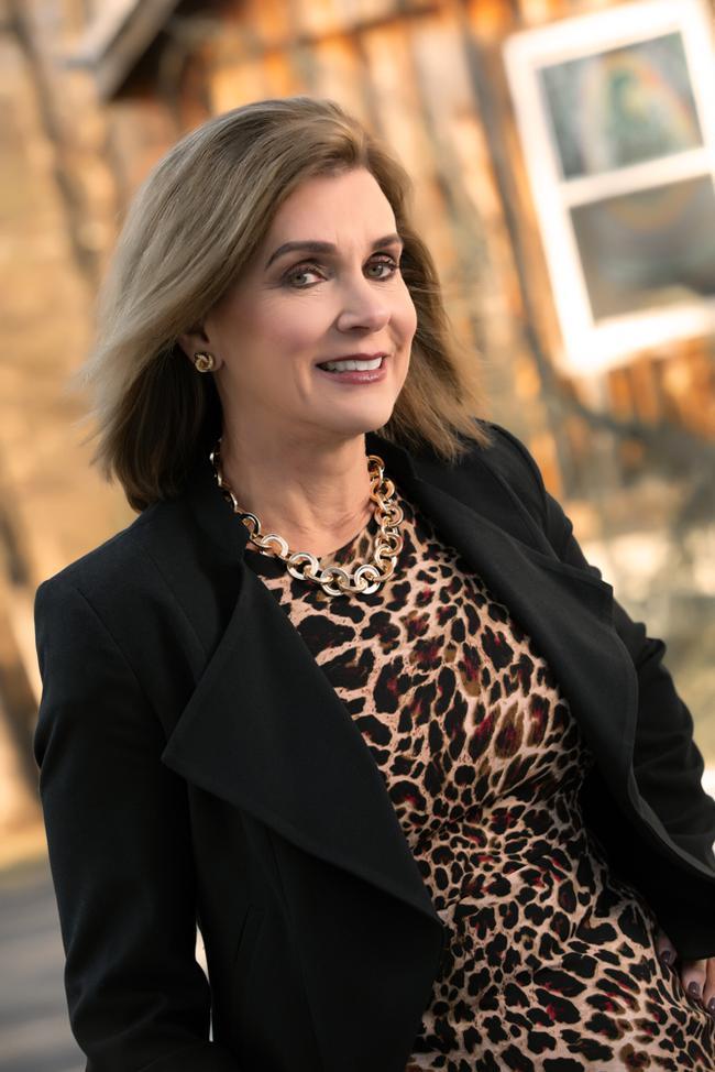 Photo of Susan Ellis,
