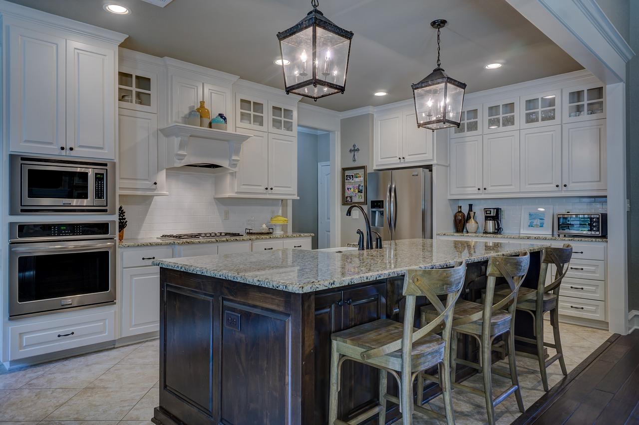 stunning gourmet kitchen in Woodridge home