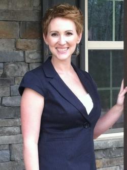 Photo of Nicole Coombs